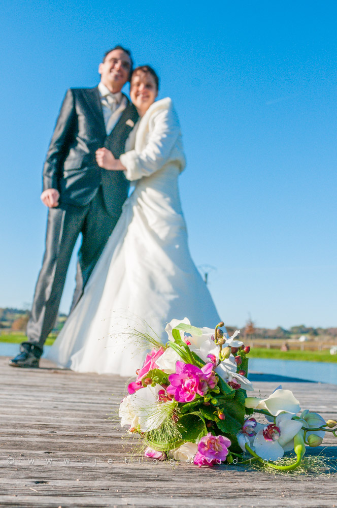mariage-couple-bouquet-couleur