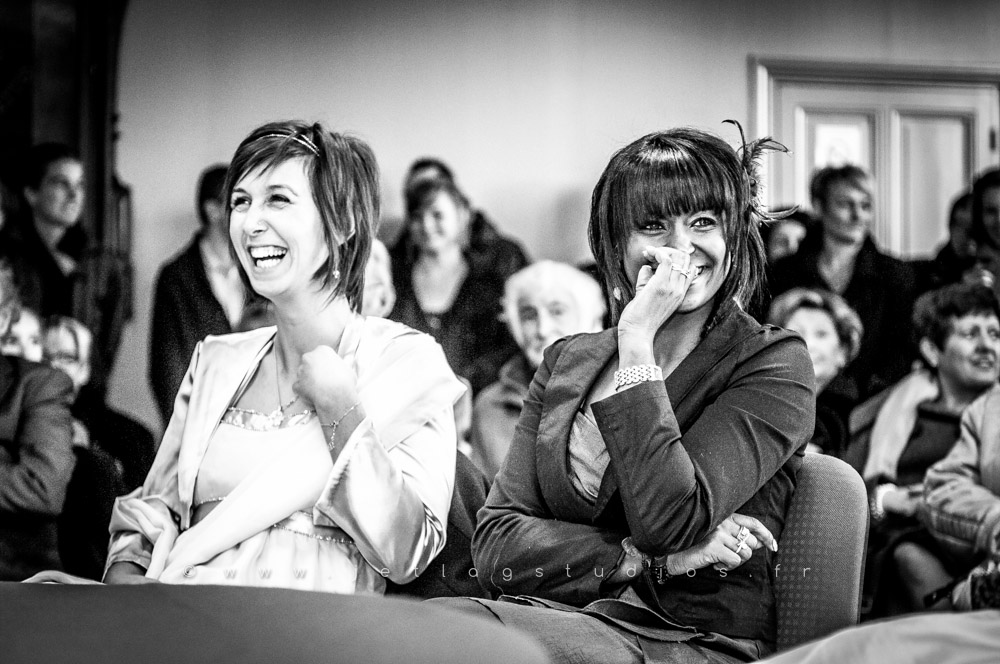 mariage-photo-mairie-témoins-rires-originales