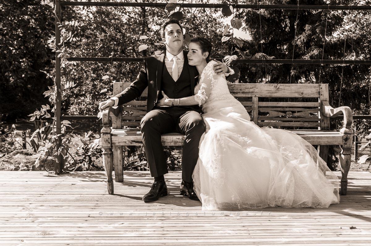 amoureux-banc-photographe-mariage