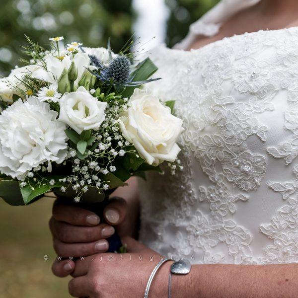 bouquet-robe-dentelle